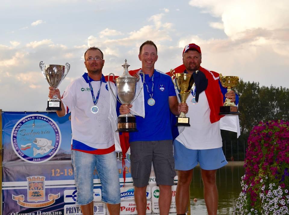 podio-individuale-2016