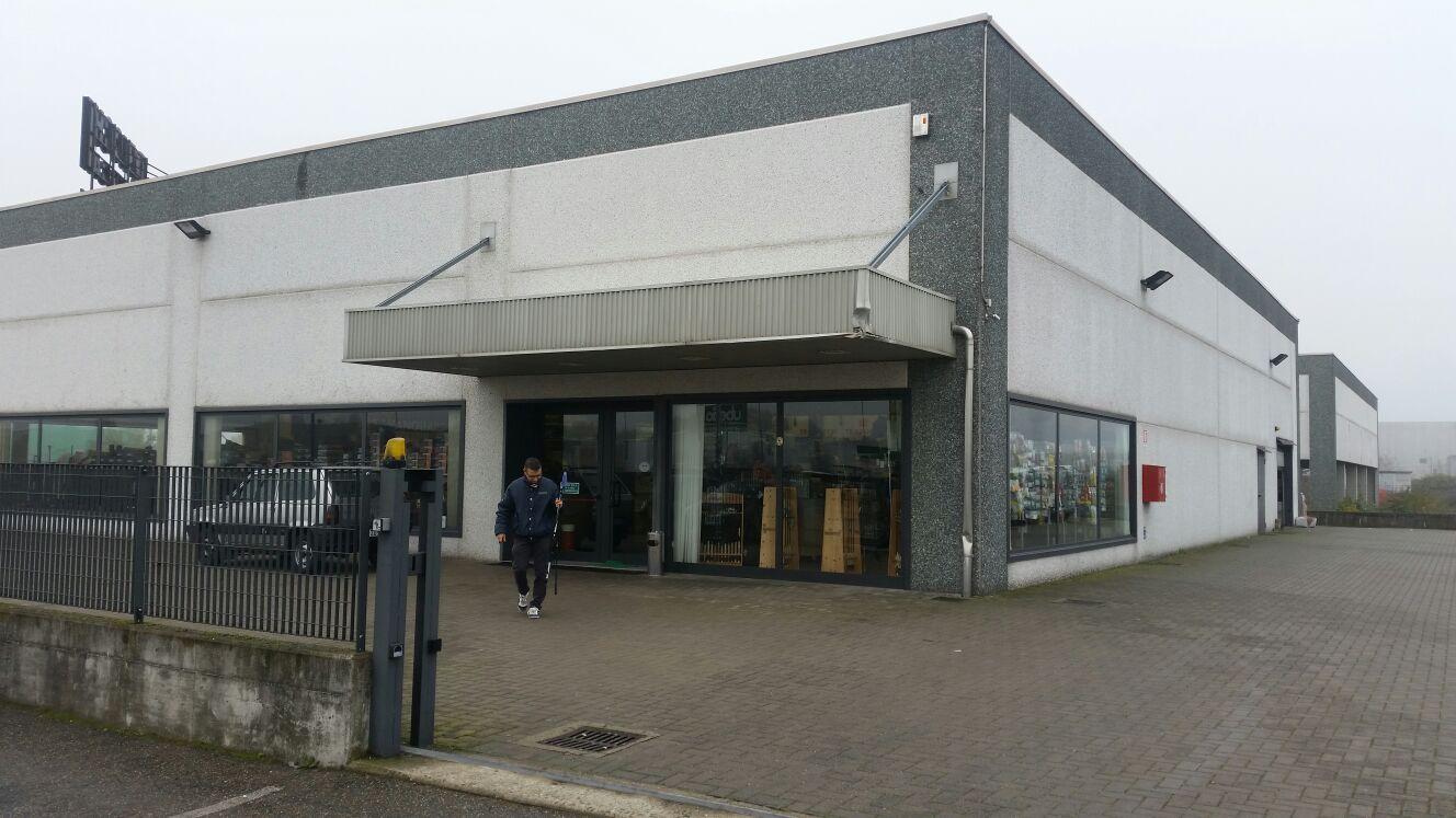 negozio esterno