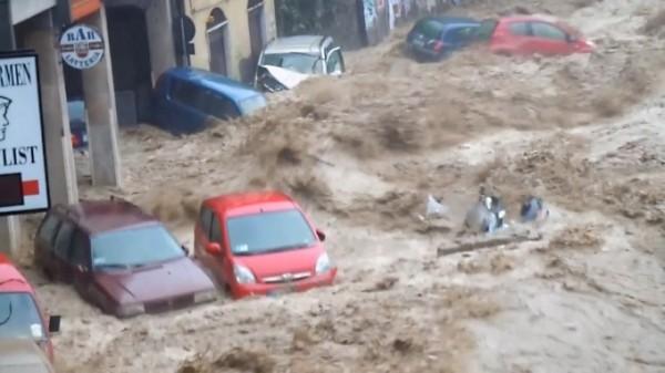 alluvione-genova-amatoriali-1-680x383