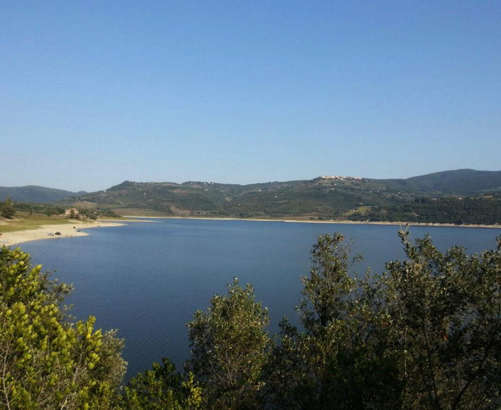 lago corbara 1