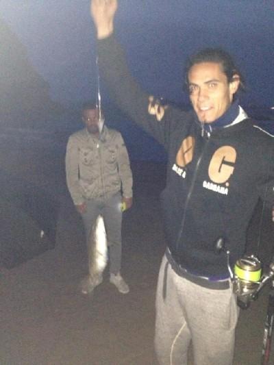 edinson-cavani-a-pesca-www-napolicalciolive-com