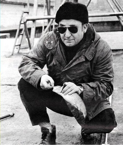 TEDESCO ROBERTO 1975